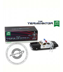 TERMINATOR DODGE MONACO 1977 + T800 ENDOSKELETON (ARTISAN COLLECTION) (1:18)